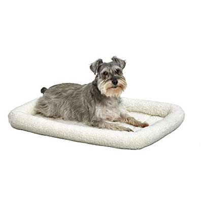 MidWest Deluxe Bolster Pet Bed for Dogs & Cats</h2> <p><img class=