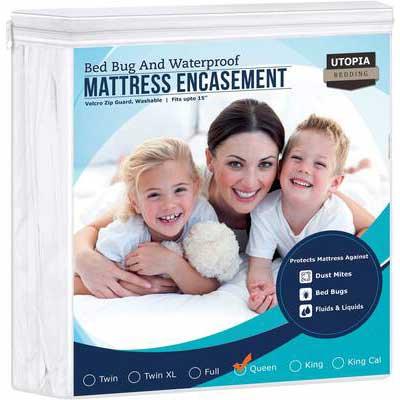 7. Utopia Bedding Zippered Waterproof Mattress Encasement (Queen)