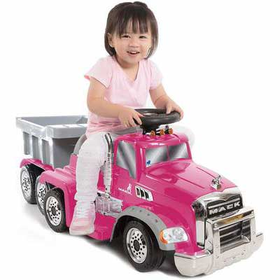 4. Wonderlanes Ride-on Mack 6V Truck Trailer, Pink